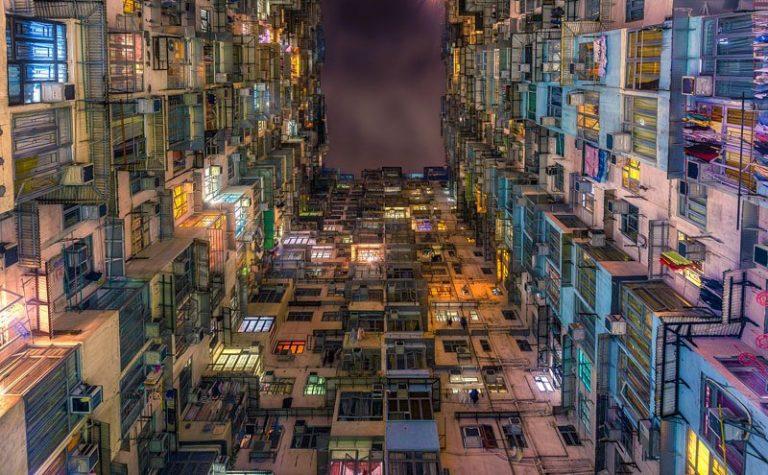 香港人のエンゲル係数は?