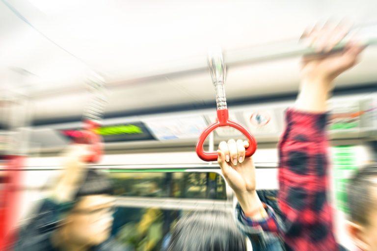 通勤、通学、観光、ショッピング… 香港人の足、香港MTR